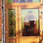 Vizualizare-exterior folie vitraliu aplicat pe geam